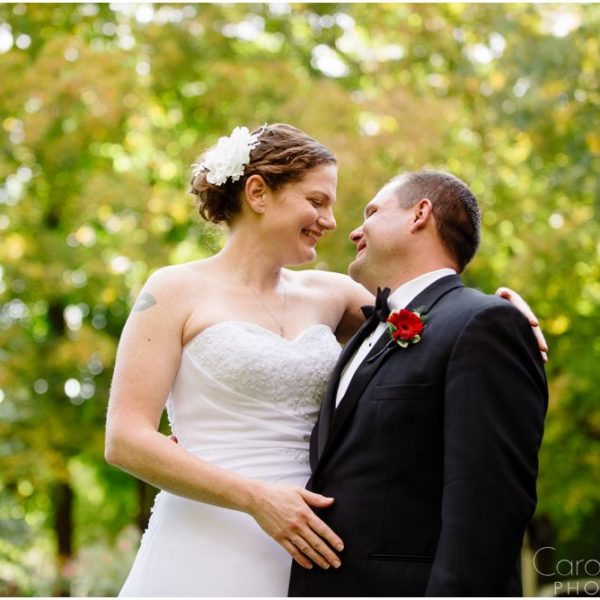 Erika & Erik: Married at the Lilac Inn!