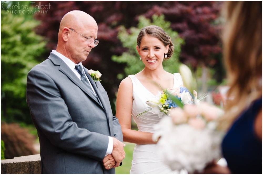 Pine Orchard Yacht and Country Club Wedding_0005