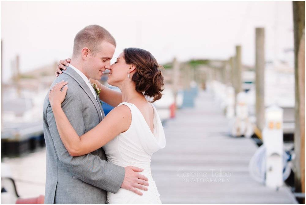 Pine Orchard Yacht and Country Club Wedding_0015