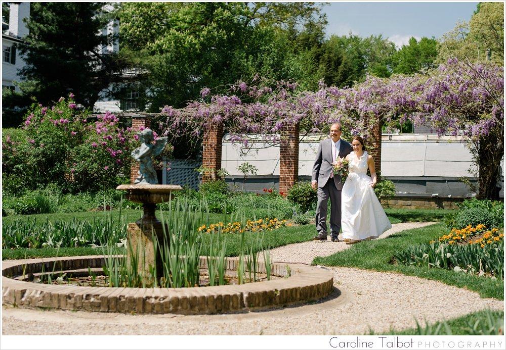 Glen_Magna_Farms_Wedding_Boston_Wedding_Photographer_E023