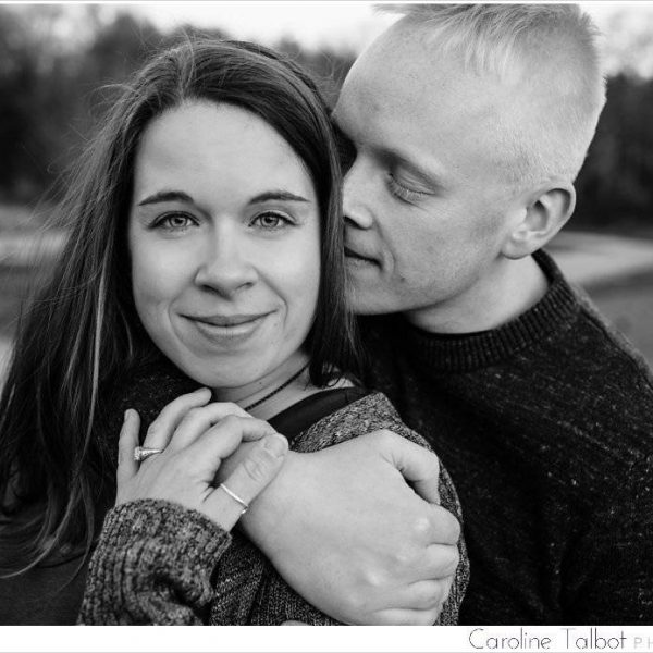 Lisa & Will: Engaged! | A Great Brook Farm Engagement Session